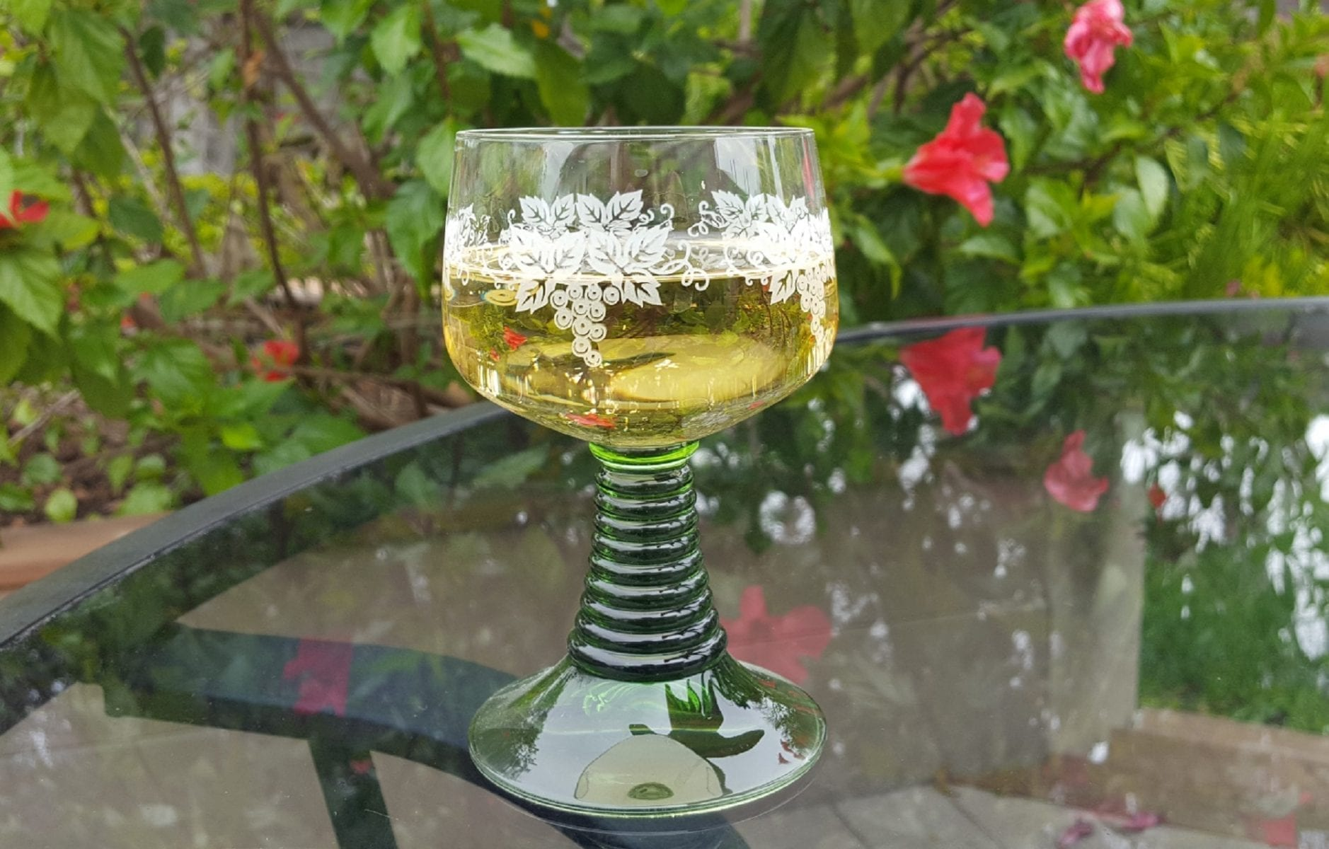 What is Roemer Glass?-Green Stemmed German Wine Glasses