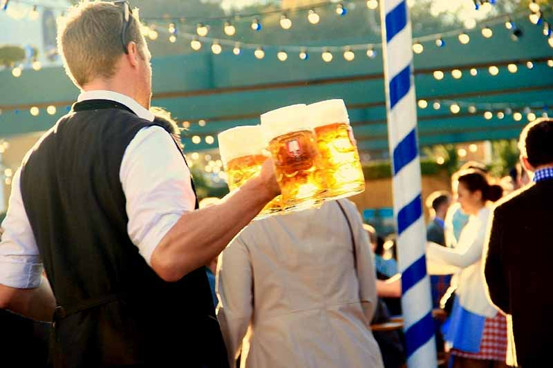 What is Oktoberfest Bier? And what makes it Special?