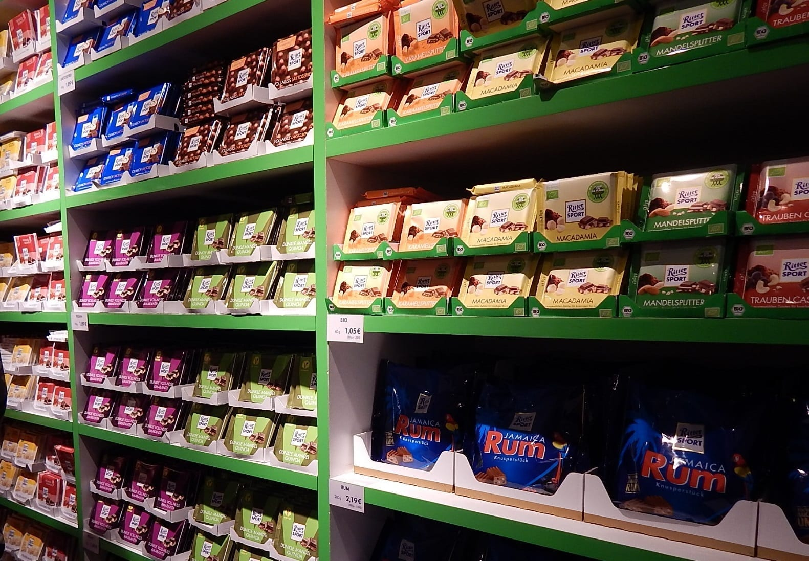 A Visit to Bunte Schokowelt! All About Ritter Sport Chocolate Bars!