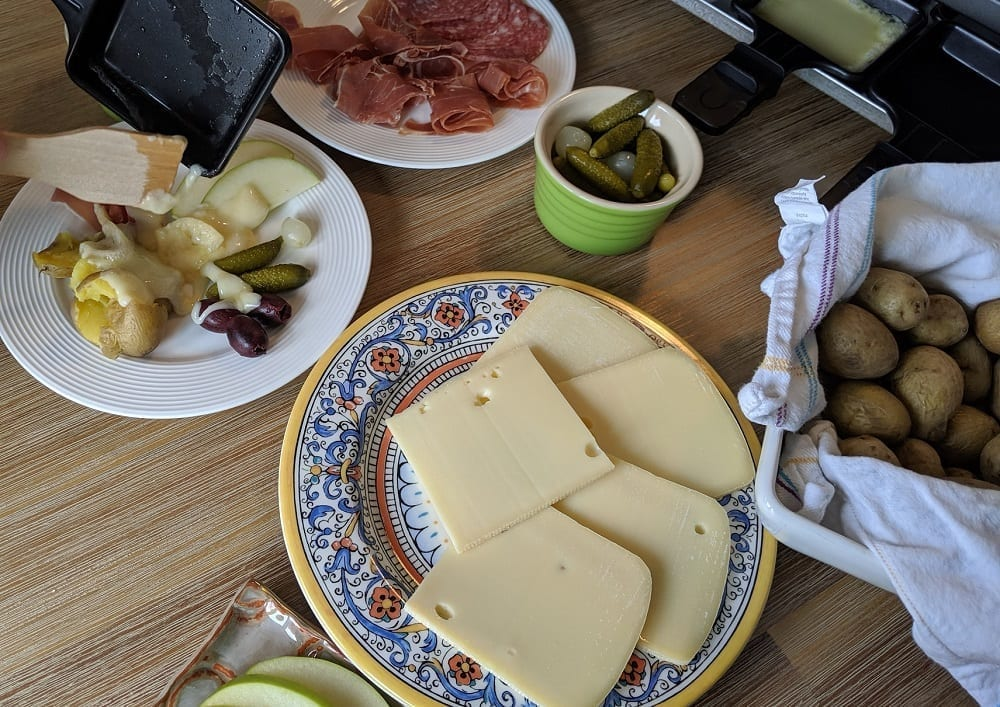 what to serve with raclette