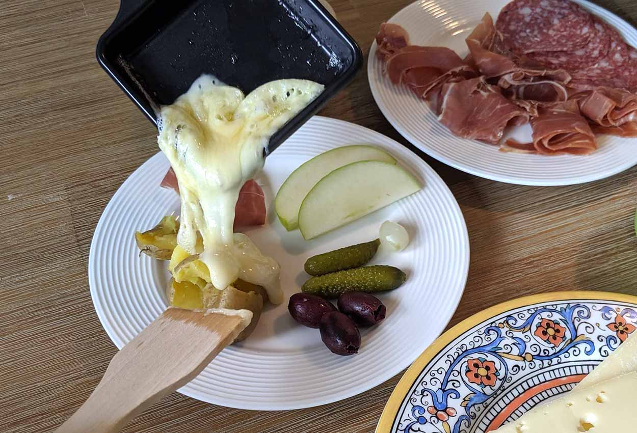 what is raclette cheese