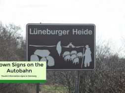 brown autobahn sign (1)