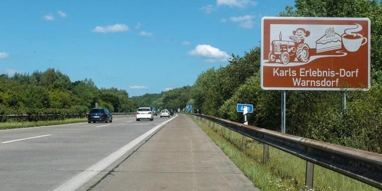 brown tourist signs germany